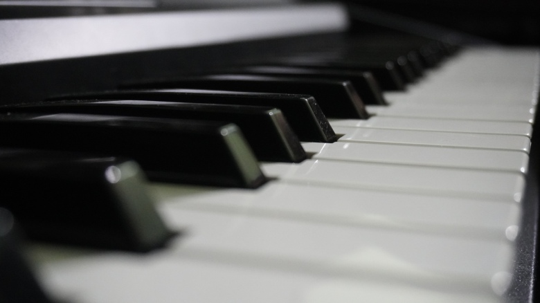 Piano image by Naveen Bhatia